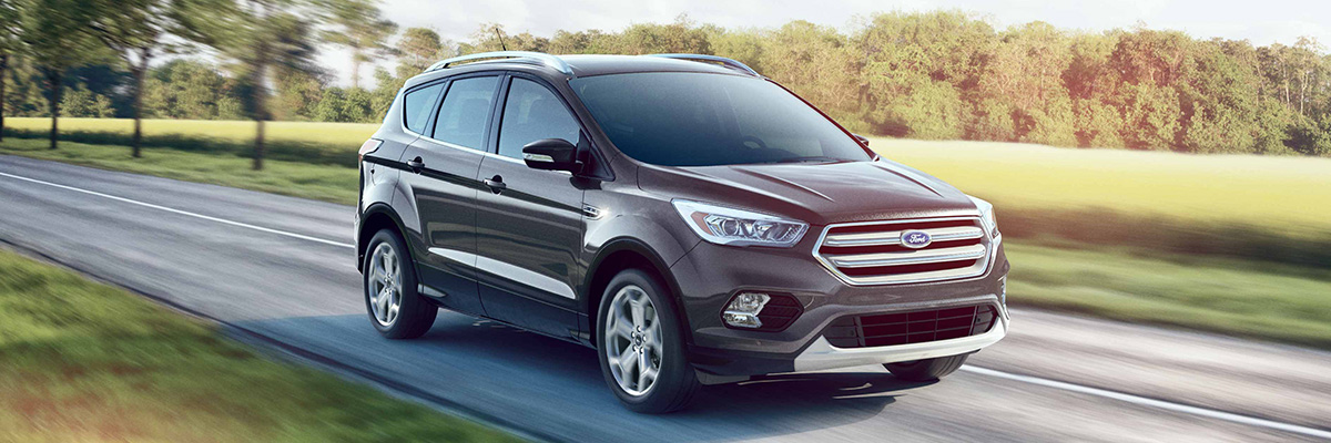 Ford Dealers Omaha >> Compare The 2019 Ford Escape Ford Escape Lease Near Omaha Ne