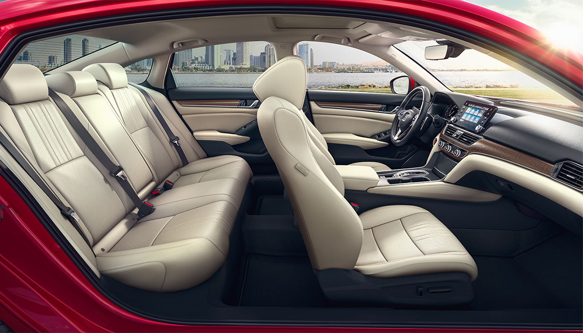 2018 Honda Accord interior leather seats