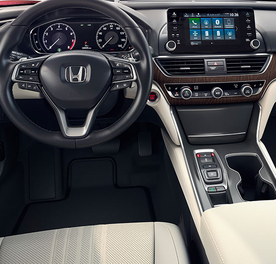 Front wide-view interior of 2018 Honda Accord Touring.