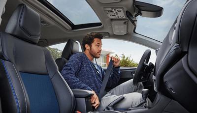 2018 Toyota RAV4 - interior