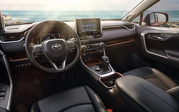 2019 Toyota RAV4 Interior & Technology