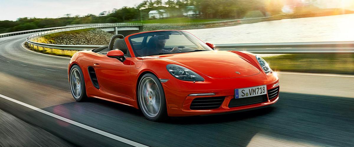 2019 Porsche Macan header